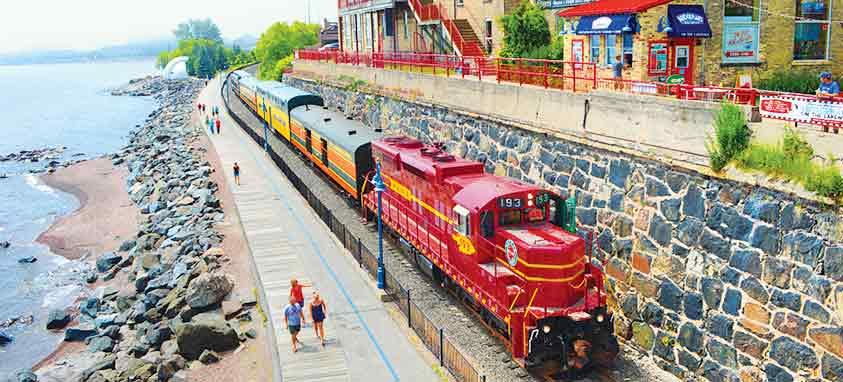 North-Shore-Fall-Color-Train-Tour