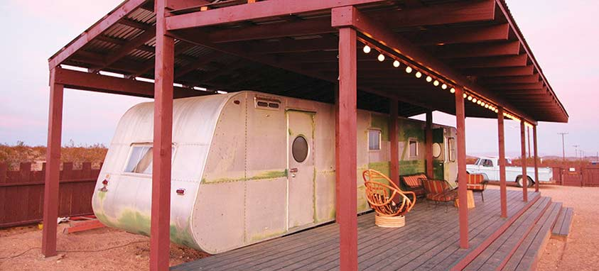 hicksville-trailer-palace
